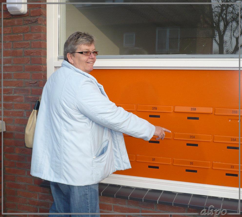 20081106_1530Anita_brievenbus2 Lumix FX12