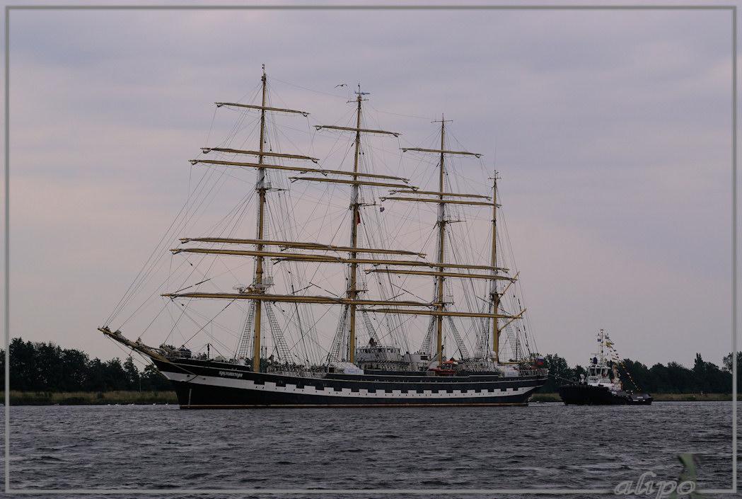 20150823_1849Kruzenshtern_Noordzeekanaal_Sail2
