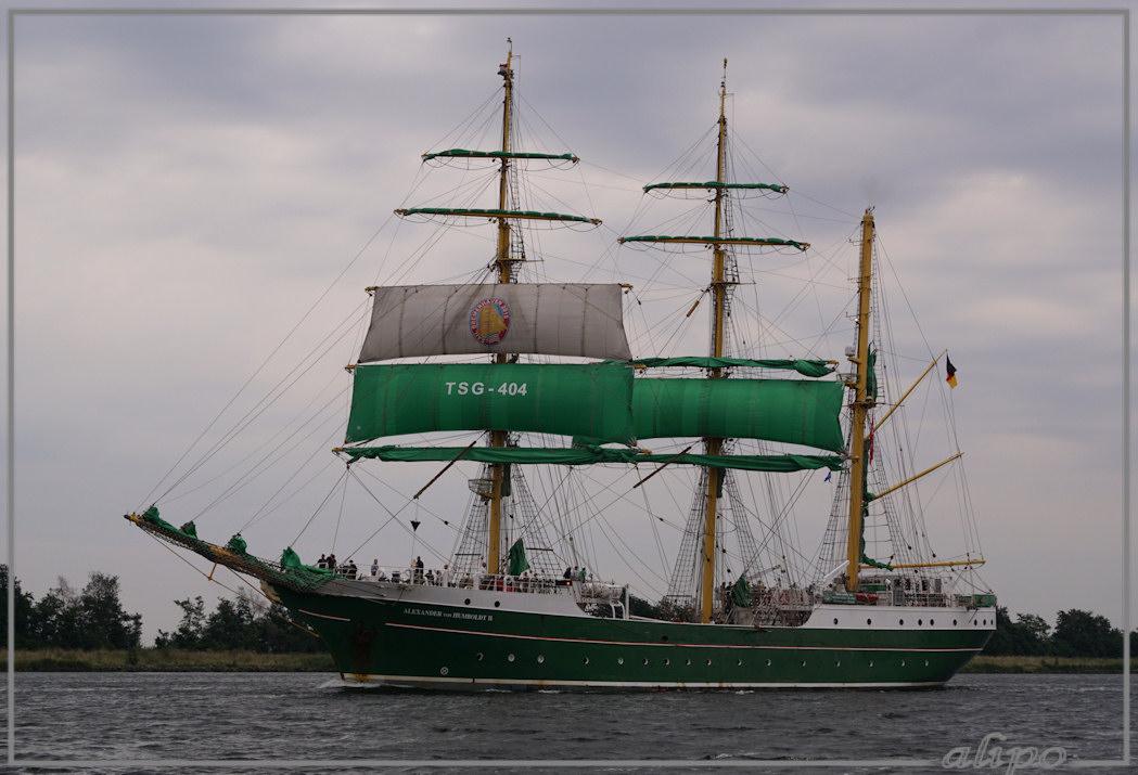 20150823_1915Alexander_von_Humboldt_Noordzeekanaal_Sail