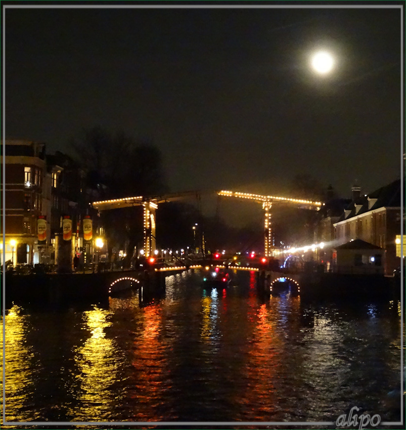 20161215_2013amsterdam_light_volle_maan2