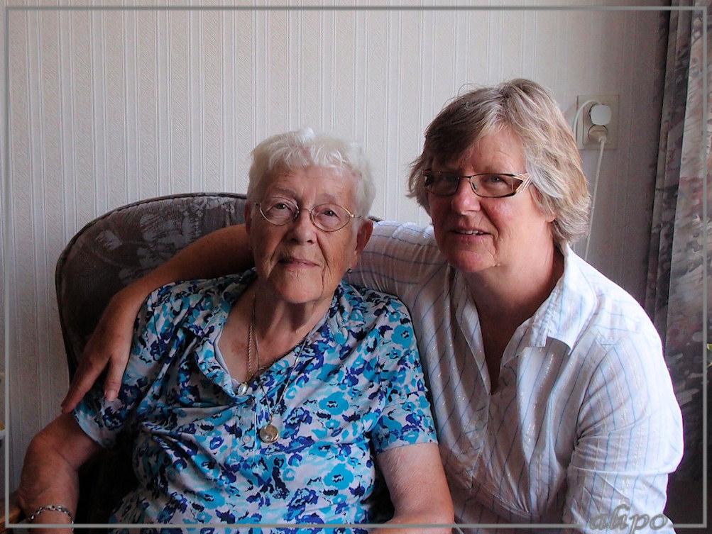 Mam en Alie 28-8-2013 Olympus XZ1
